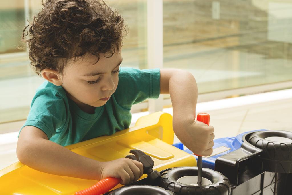 cuidados-brinquedos-criancas