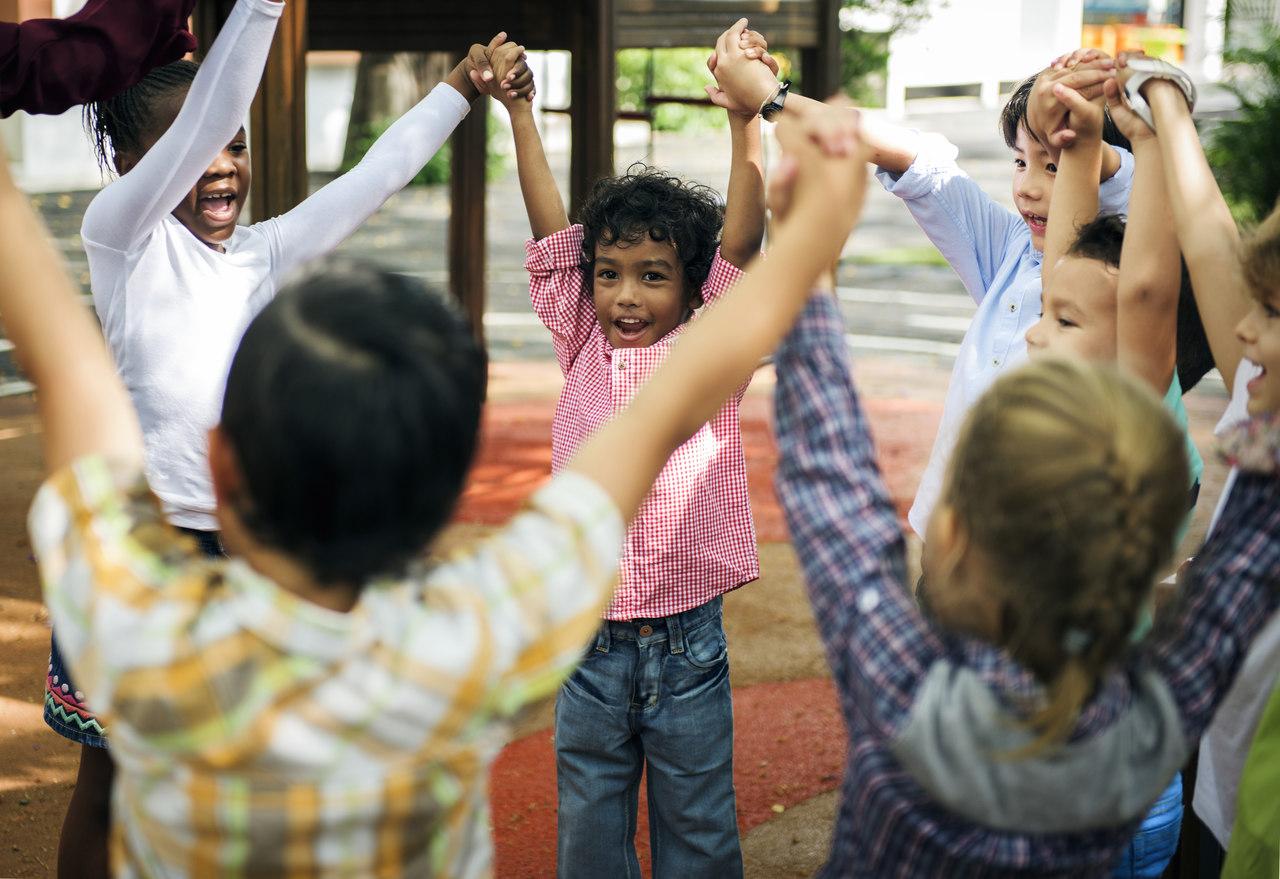 Veja 5 brincadeiras que ajudam no desenvolvimento da criança