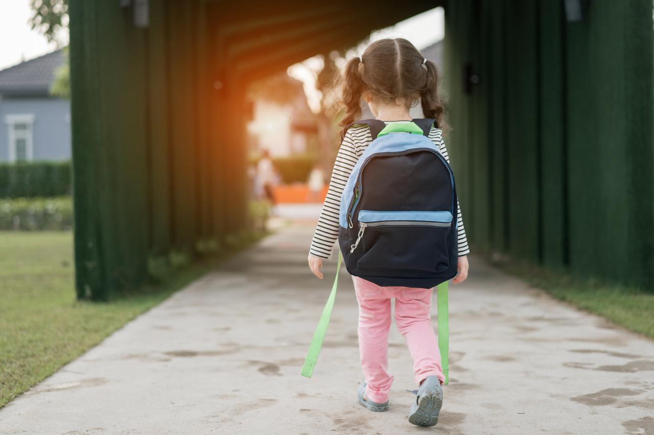 Seu filho estuda? Então é melhor ficar de olho no peso da mochila!