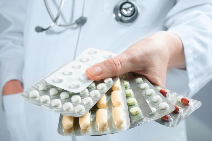 Como o mau uso de antibióticos prejudica ainda mais a saúde?