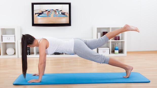 Simples e eficientes: 5 exercícios físicos para fazer em casa
