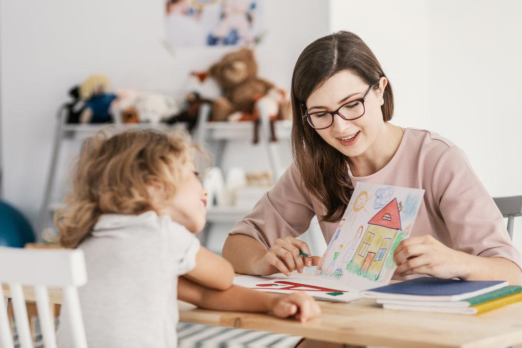 Distúrbios da fala: como identificar os sinais de atraso no desenvolvimento do seu filho
