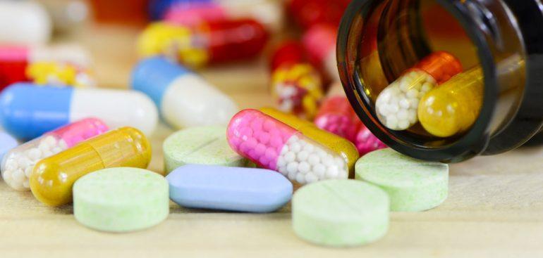 Muito cuidado ao misturar seu anticoncepcional e antibióticos!