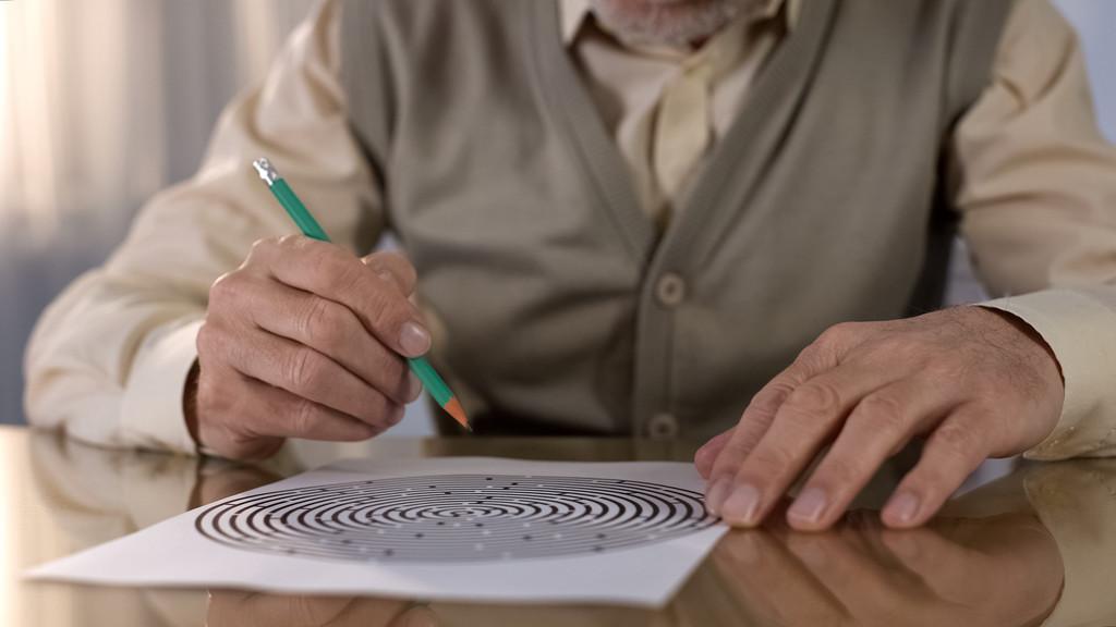 Doença de Alzheimer: saiba como identificar os primeiros sintomas