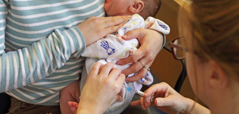 Vacinação: Por que é perigoso não tomar vacina na infância? Entenda