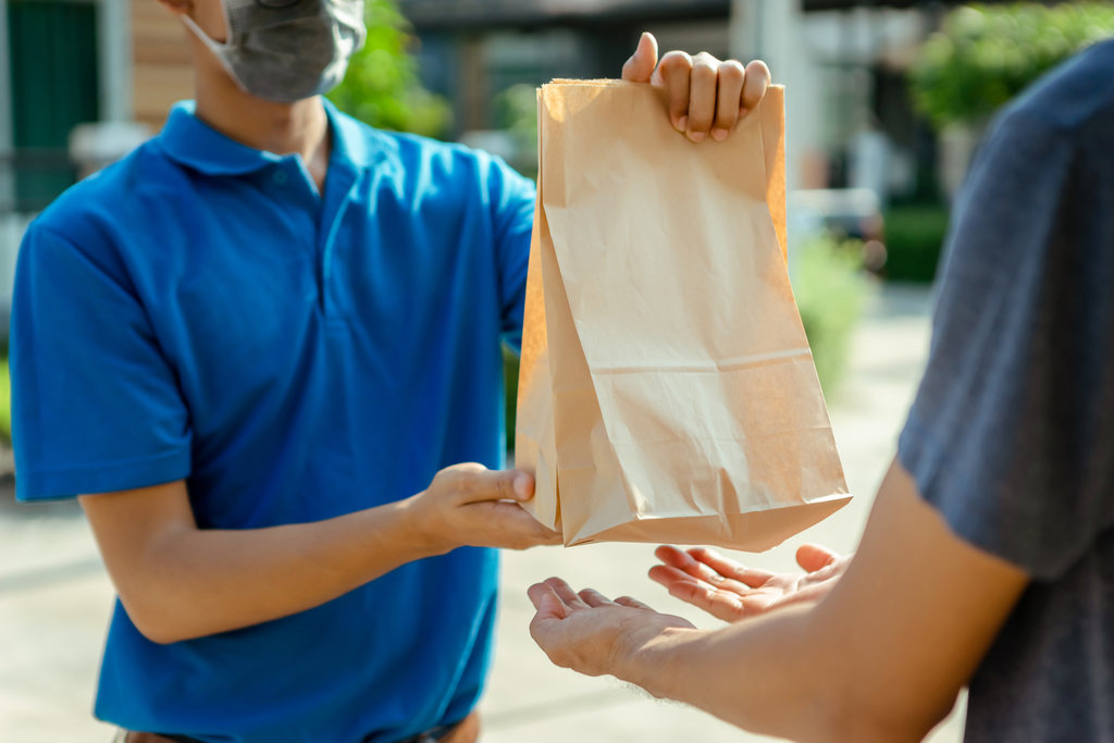 Cuidados no delivery: como evitar infecção pelo coronavírus? Veja!