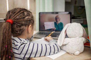 Eventos online: 7 dicas de entretenimento para curtir em casa