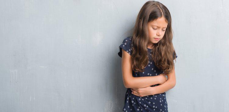 a dor de barriga em crianças pode esconder algo mais grave. Fique atento!
