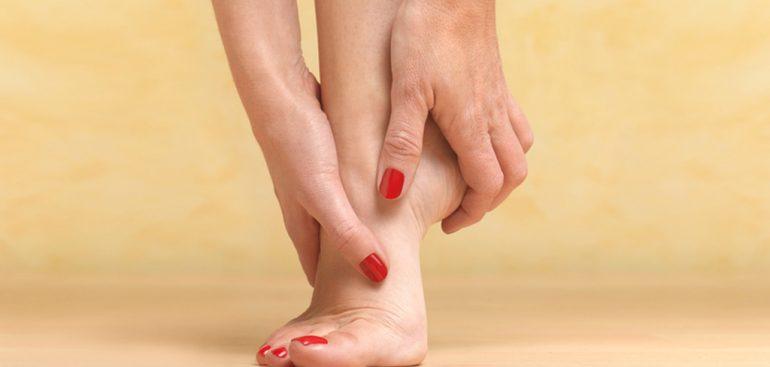 Veja as causas dos pés inchados.