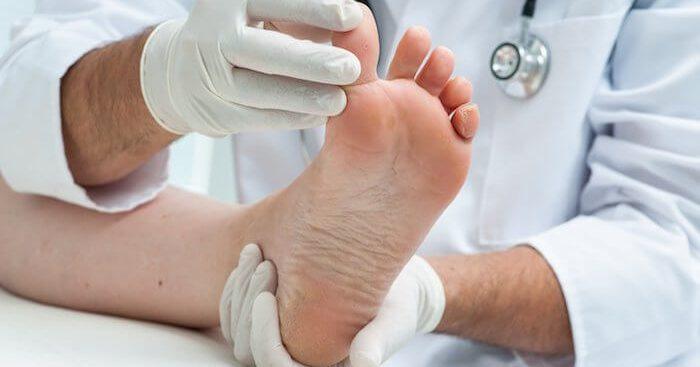 A onicopriptose é o nome científico para a famosa unha encravada. Saiba como é a prevenção e o tratamento!