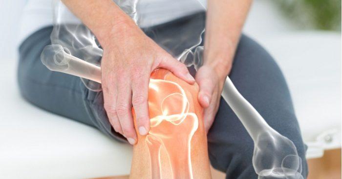 A dor nos ossos pode ser de diferentes tipos e ter causas distintas