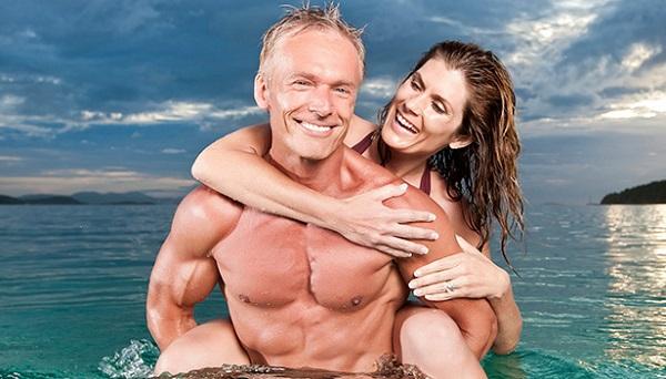Como funciona a reposição hormonal para homens e mulheres e qual a hora de começar?